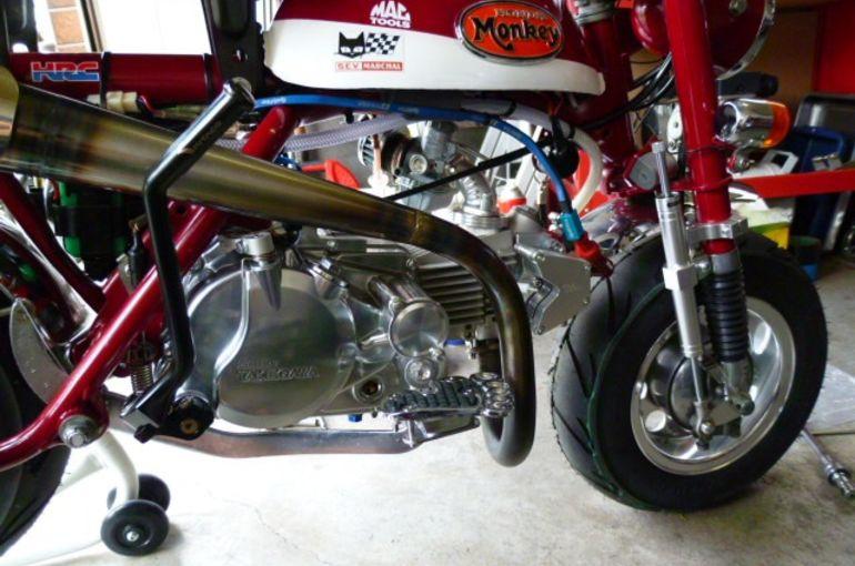 全身黒のXJR1300 | バイク用品専門店 レーシングワールド | バイク